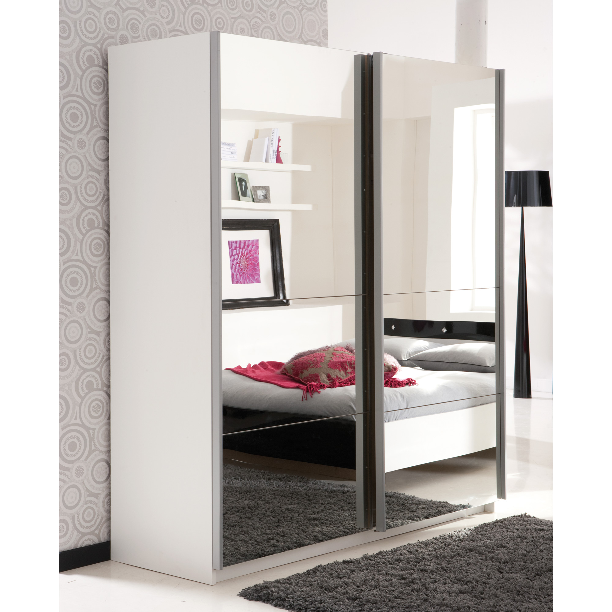fabriquer un placard avec porte coulissante fashion designs. Black Bedroom Furniture Sets. Home Design Ideas
