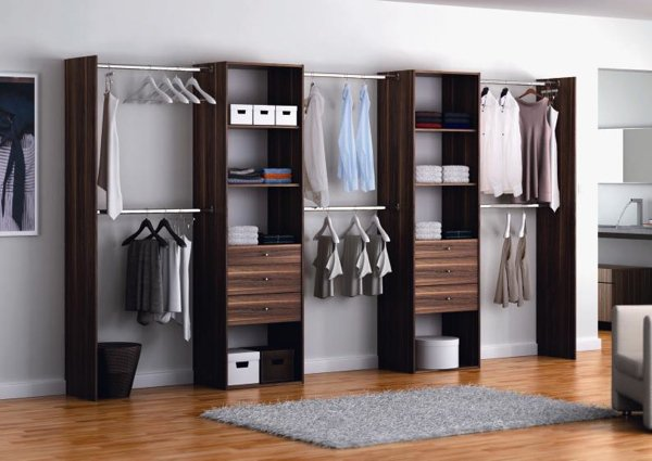 idee amenagement placard with amenagement placard extensible. Black Bedroom Furniture Sets. Home Design Ideas